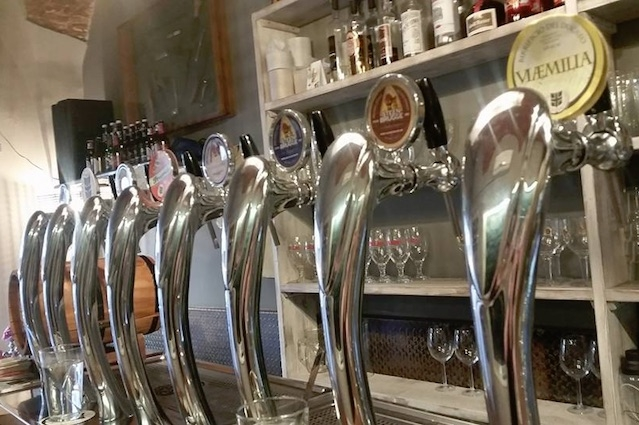 https://www.facebook.com/photo.php?fbid=10157072288340562&set=a.10150564334155562.662432.750425561&type=3&theater birrerie artigianali firenze fermento birra beer