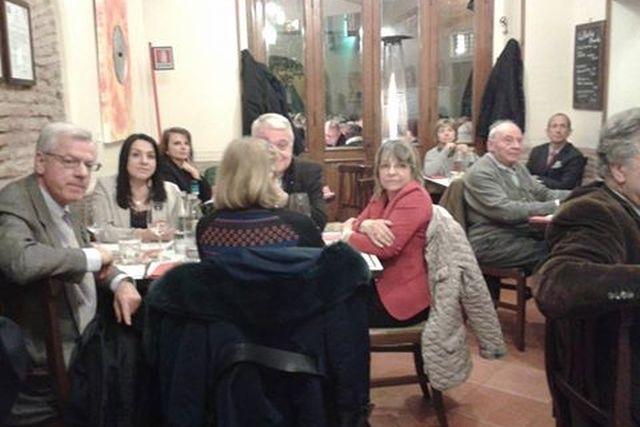 mangiare zuppe a roma trattoria degli amici