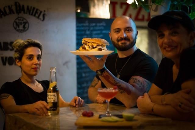 officine resta salotto portuense burger pizza burger migliori hamburger particolari roma