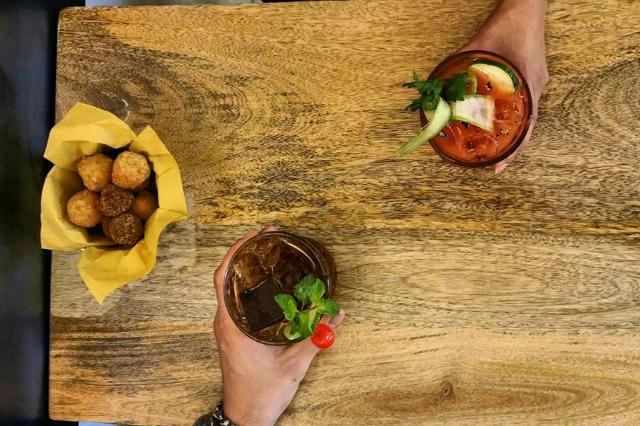 officine san giovanni cocktail e food pairing roma aperitivo cucina cena signature san giovanni bistrot locali migliori