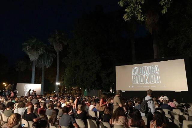 notti di cinema a piazza vittorio esquilino arena cinema all'aperto estate 2017 roma agosto e ferragosto cosa fare serata cinema d'essai