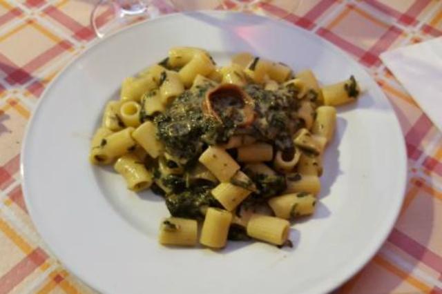 lo scolapasta trattorie e ristoranti nascosti al pigneto pasta con porcini osteria economico roma