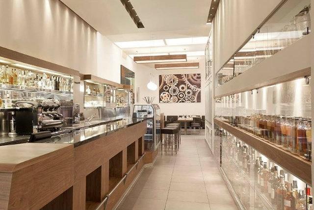 300 mila lounge cafè sushi lecce