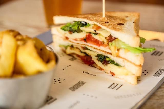 toast to coast sandwich milano