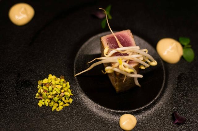 sapori dal mondo cucina allyoucaneat ristorante teppanyaki tonno tataki hotel a.roma roma casaletto