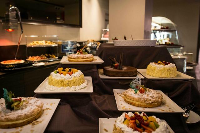 sapori dal mondo roma ristorante hotel a.roma allyoucaneat dolci dessert brunch