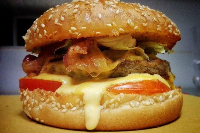 the hidden pub burger