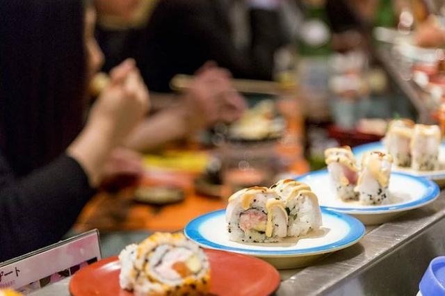 sushisen ristorante giapponese migliori ristoranti dove mangiare al bancone roma kaiten sushi ostiense