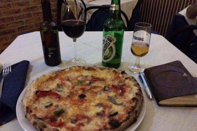 mangiare con 10 euro a roma il cuore di napoli
