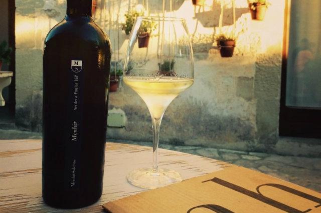 cantine menhir minervino di lecce salento aperitivo vino