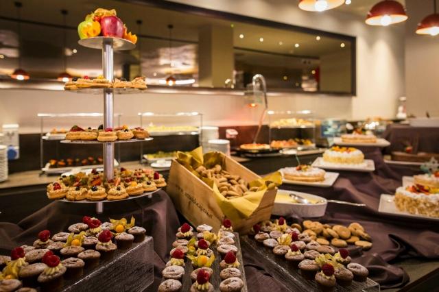 brunch primavera roma 2018 migliori sapori dal mondo ristorante hotel a.roma casaletto all you can eat dolci