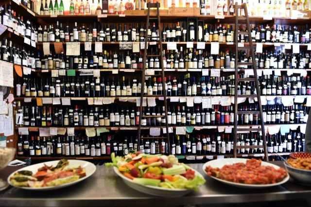 enoteche milano vino degustazione le cantine isola mescita bottiglie