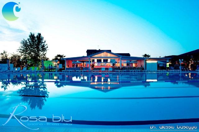 Le piscine all 39 aperto a treviso e provincia - Piscine di rosa ...