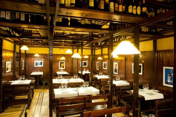 enoteca cavour 313 roma monti centro storico locale storico wine bar 1000 etichette vino cucina bistrot toscana classifica 10 migliori enoteche con cucina di roma