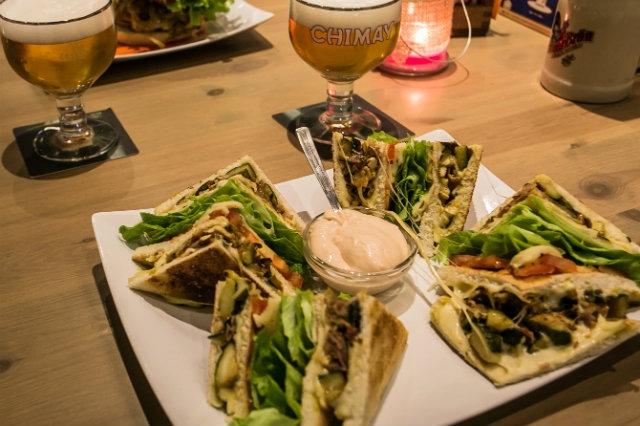 mezza pinta treviso club sandwich