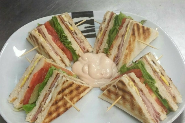 club sandwich ice and co