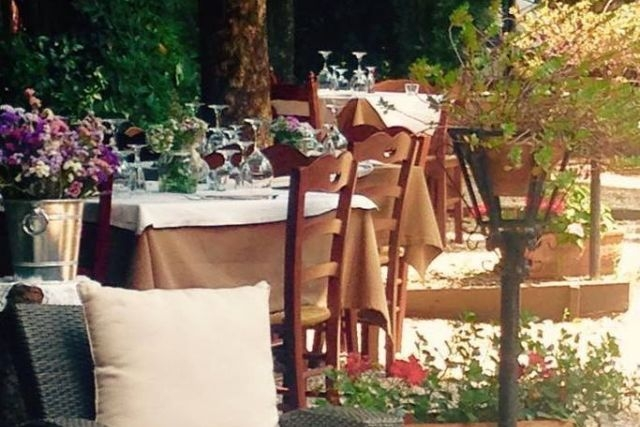 ristorante con giardino roma taverna pisano