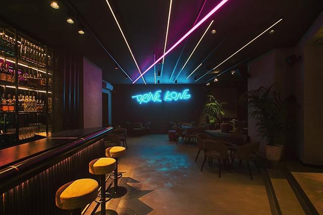 https://www.facebook.com/drinkkong/photos/a.511113392657775/566158910486556/?type=3&theater, drink kong
