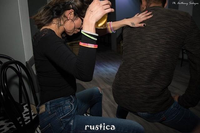 rustica https://www.facebook.com/rusticafirenze/photos/a.197926434112007.1073741831.195357484368902/197929367445047/?type=3&theater