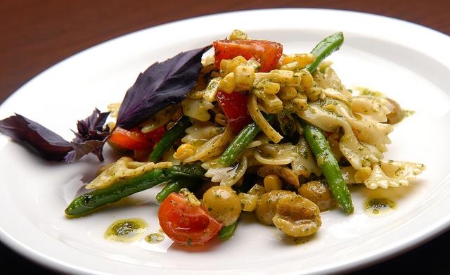 pasta verdure piatto