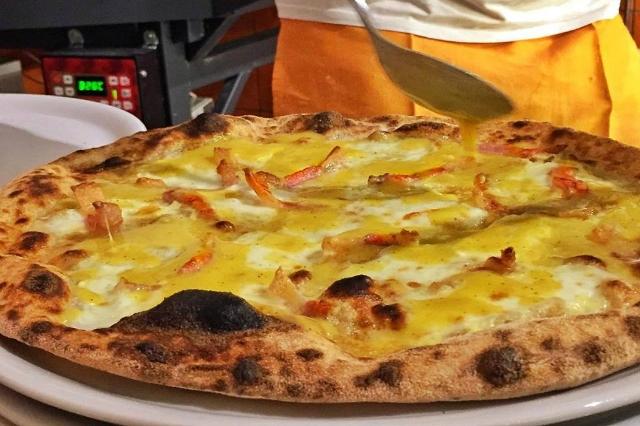 officina pizza fino a tardi a roma pizza gourmet marco lungo impasto leggero risto-pub cena mangiare tardi roma