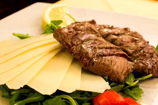 hostaria da isidoro roma celio pranzo della domenica in trattoria colosseo hosteria tagliata filetto carne alla brace