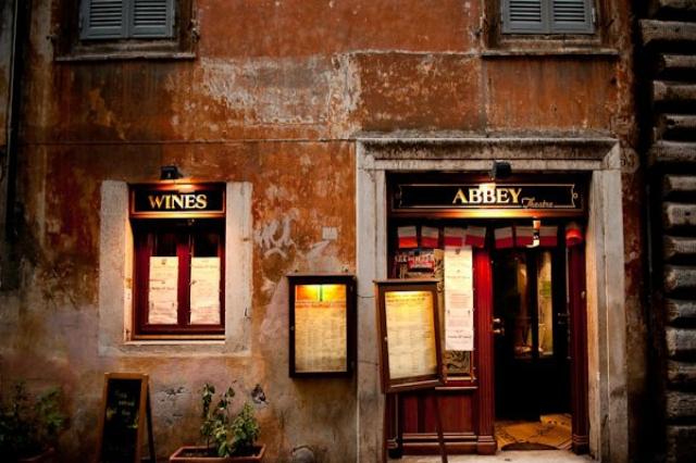 abbey theatre irish pub centro storico ristoranti aperti fino a tardi a roma cucina espressa burger birra