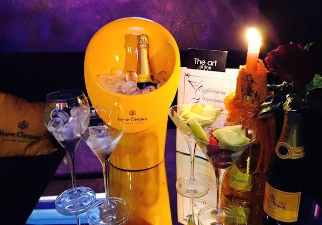 caffetteria ottaviani winebar enoteche firenze https://www.facebook.com/caffetteriaottaviani/photos/a.486581621445835.1073741827.485787411525256/716789091758419/?type=3&theater