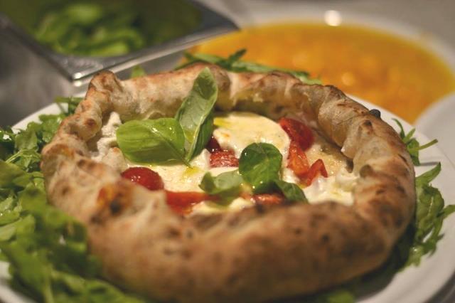 intervista team pepe nero alfonso ciervo pizzeria ristorante roma via isonzo piazza fiume cucina tipica pizza napoletana