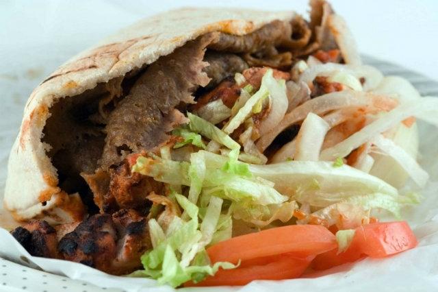 dove mangiare il kebab a napoli, tuareg, kebab da asporto