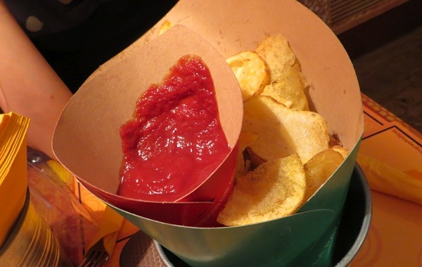 patatine fritte in cartoccio