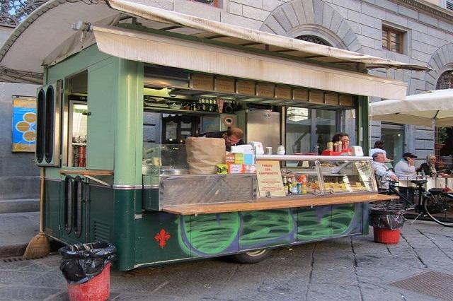 trippaio del porcellino mercato nuovo lampredotto facebook https://www.facebook.com/photo.php?fbid=107259096069381&set=a.107259089402715.5562.100003558731154&type=3&theater