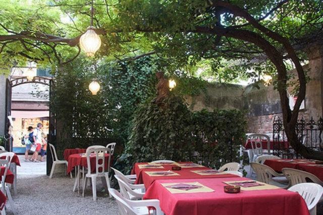 al nono risorto venezia mangiare all'aperto
