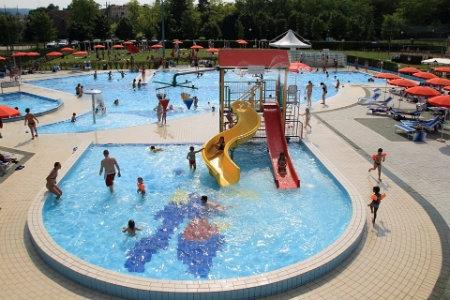 Estate 2015 le piscine all 39 aperto a treviso e provincia - Piscine acqua salata ...