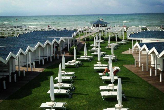 stabilimenti vip fregene v lounge beach