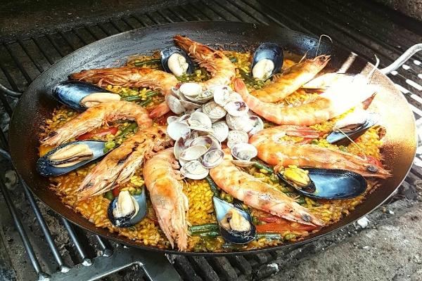 risorart roma ristorante fusion paella valenciana venerdì marisca pesce fresco cotta a legna migliori cinque paelle a roma