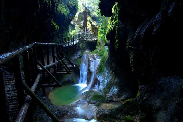 grotte caglieron