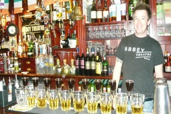 abbey theatre pub roma shots shottini drink whiskey irlandese scozzese scotch degustazione migliori shots di roma