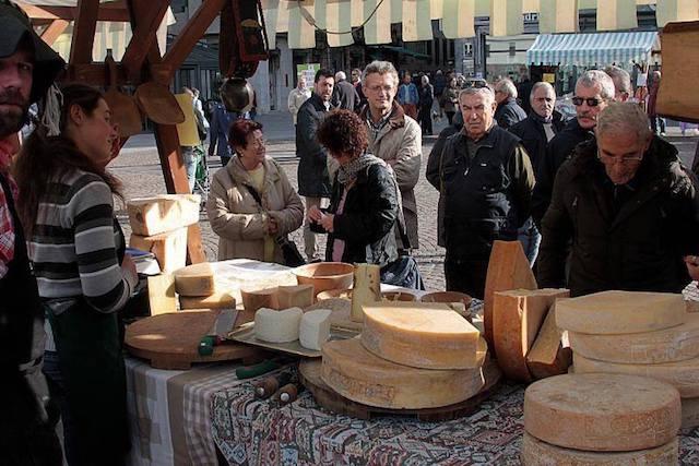 formaggi in piazza