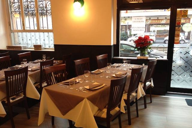 beirut ristorante libanese milano sala foto fb