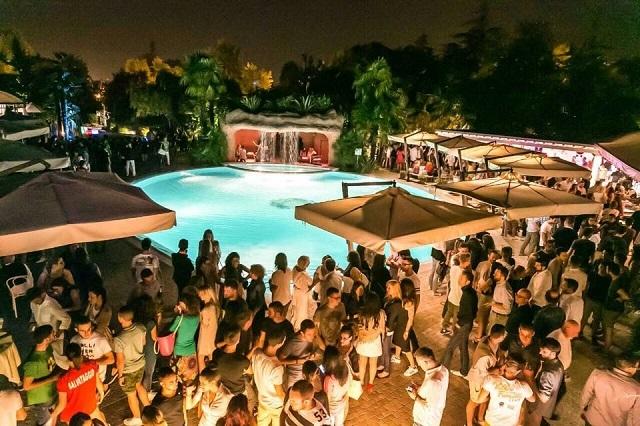 15 aperitivi a treviso e provincia per l 39 estate 2016 - Piscina villa primavera udine prezzi ...