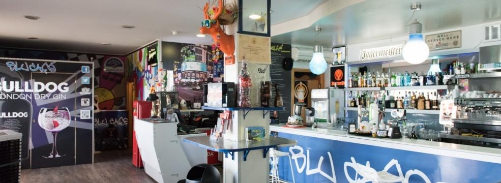 Blu Café