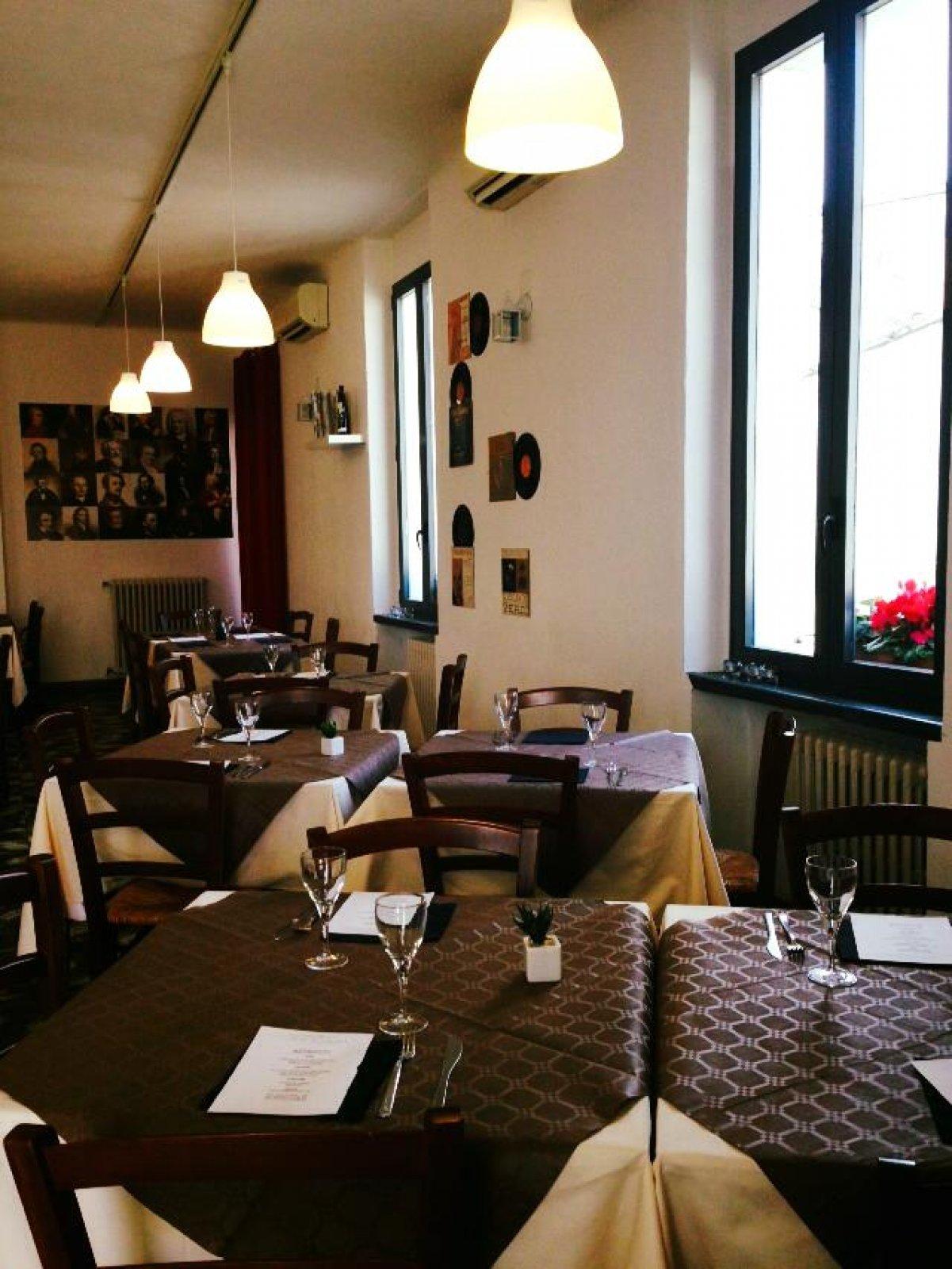 Commis Di Cucina Milano Qualita Full Version Hd Cucina Milano Cucinaconfornoagas Entratalibera Mi It