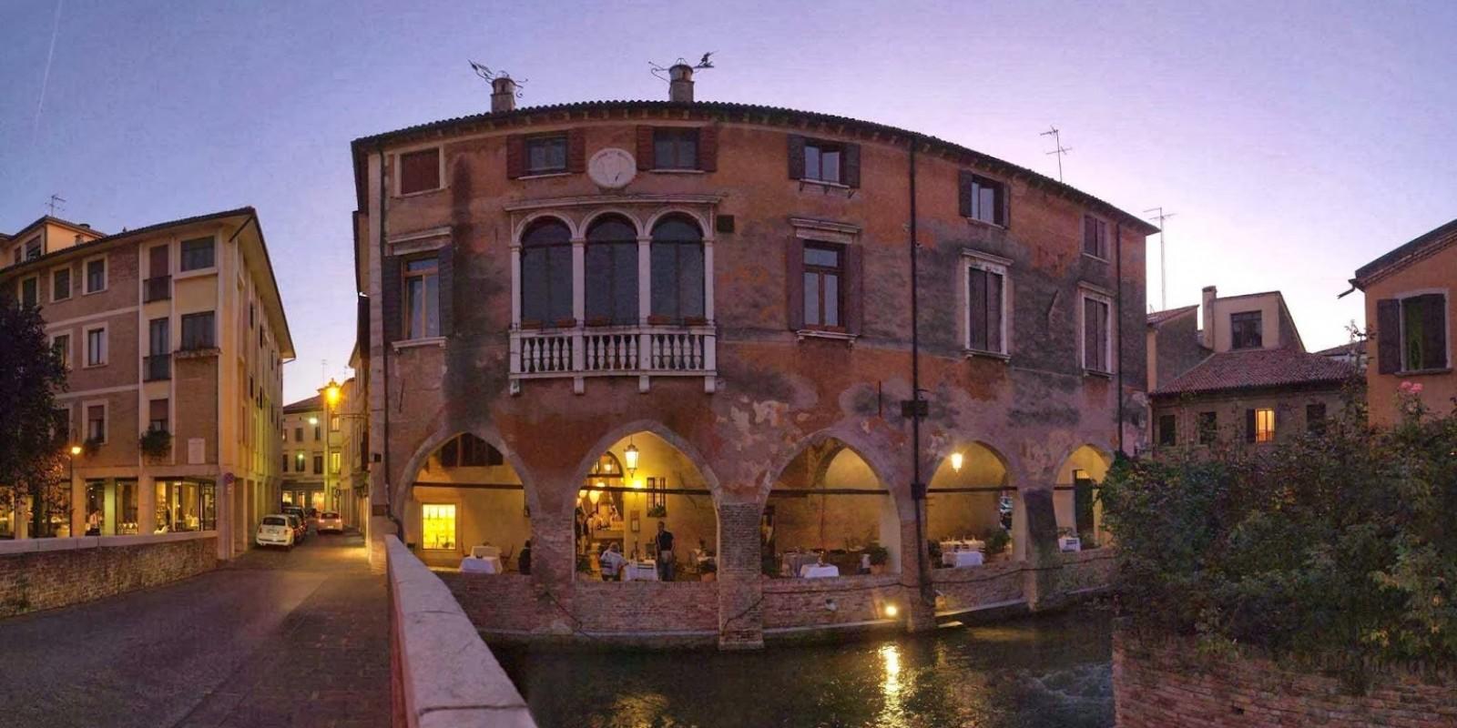 Tavoli Da Giardino Treviso.A A A Cercansi Tavolo Vista Sile Ecco Dove In Centro A Treviso