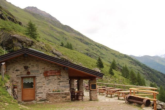 montagna rifugio valmalza (ponte di legno, bs)